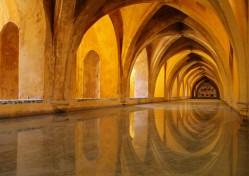 Baths-of-Lady-Maria-de-Padilla-Alcazar-Seville-Imgur