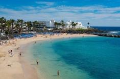Vista a Playa Flamingo - Playa Blanca, Yaiza.